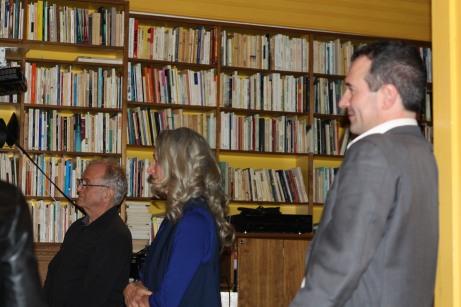 Claire Varin et Richard Fortier de l'UNEQ à l'écoute des propos de l'éditeur et auteur Yvon Rivard